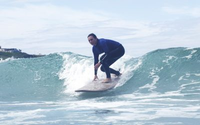 Why You Should Go To A Surf School