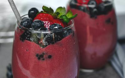 Super-Nutrient Blast Berry Smoothie