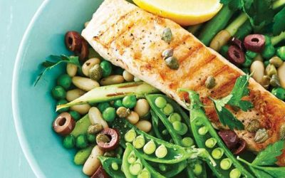 Grilled Salmon with Asparagus and Cannellini Beans